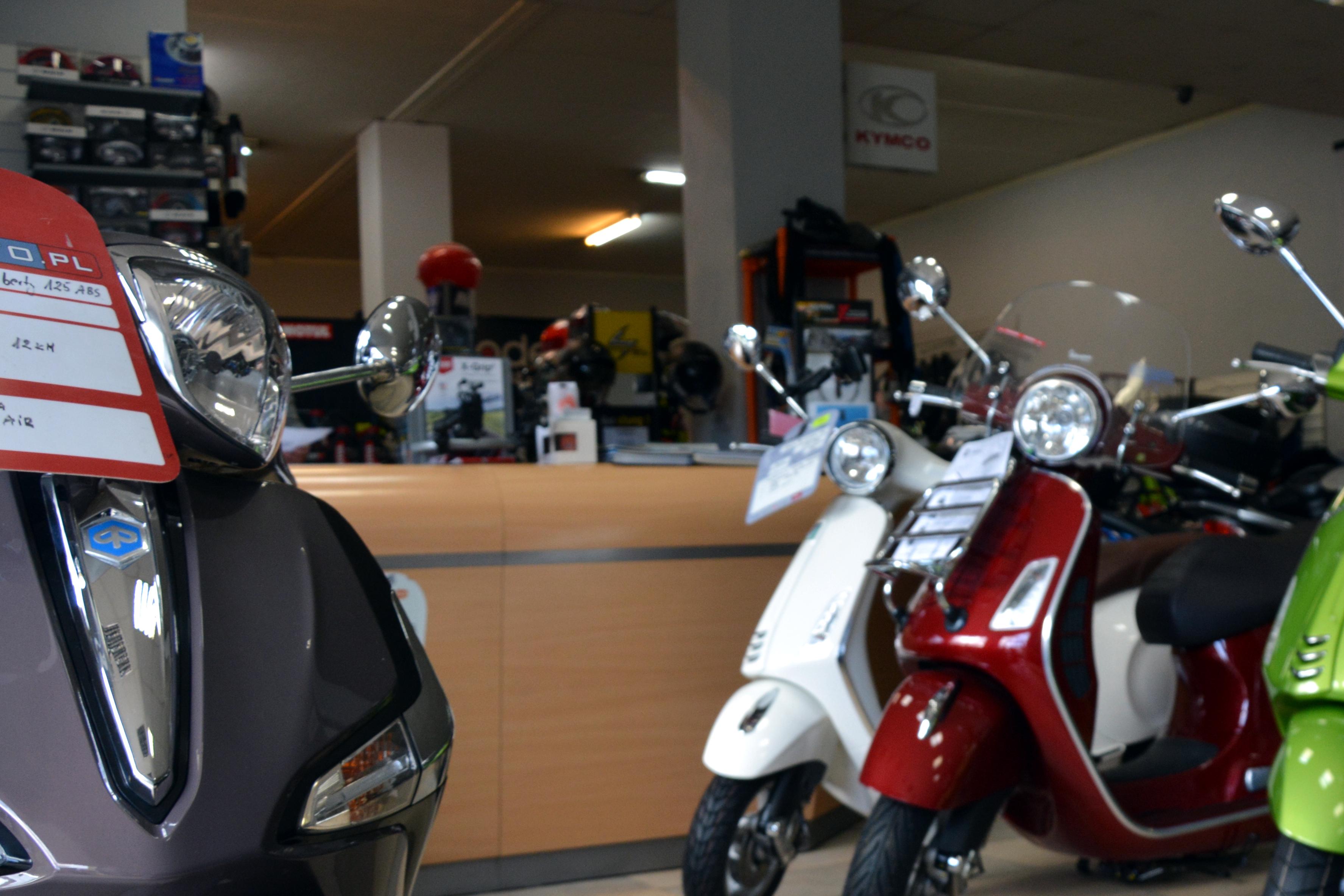 motocykle gdynia stefański salon morska 360 skutery vespa (2)